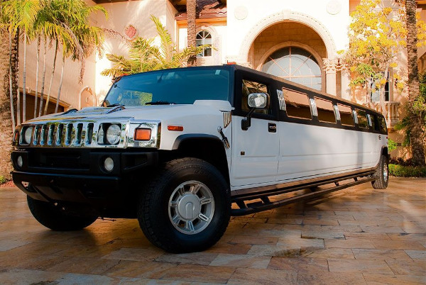 chicago Hummer Limousines Rental